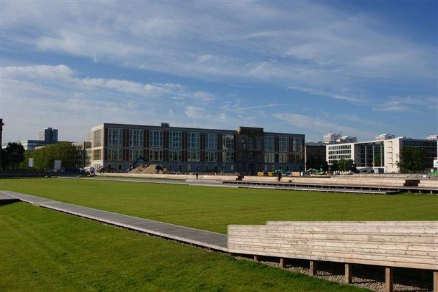 Ehemaliges Staatsratgebäude (ESMT)